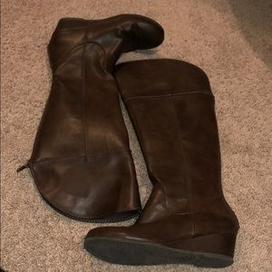 Girls Wedge Knee High Boots - Size 1